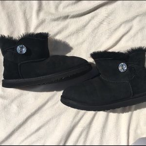 Black UGG boots size 9 as is